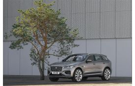Jaguar F-PACE SUV SUV AWD 2.0 i 250PS R-Dynamic HSE 5Dr Auto [Start Stop]